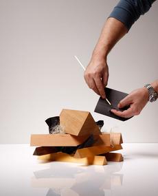 DEUTSCHE & JAPANER - Creative Studio - tinder